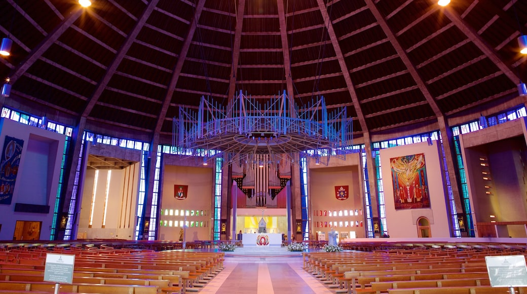 Liverpool Metropolitan katedral som inkluderer innendørs