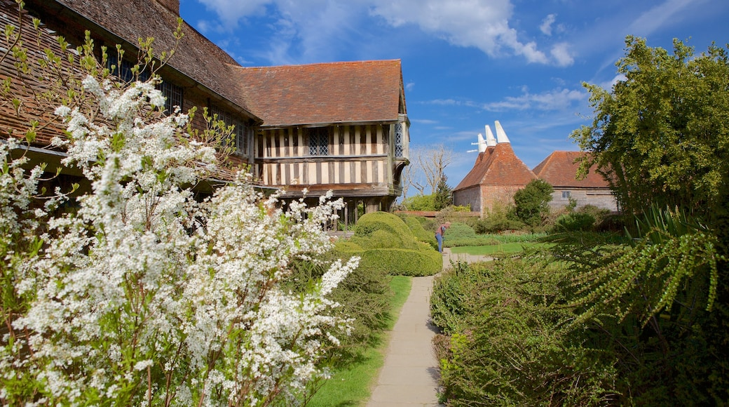 Great Dixter House and Gardens featuring a park and heritage elements