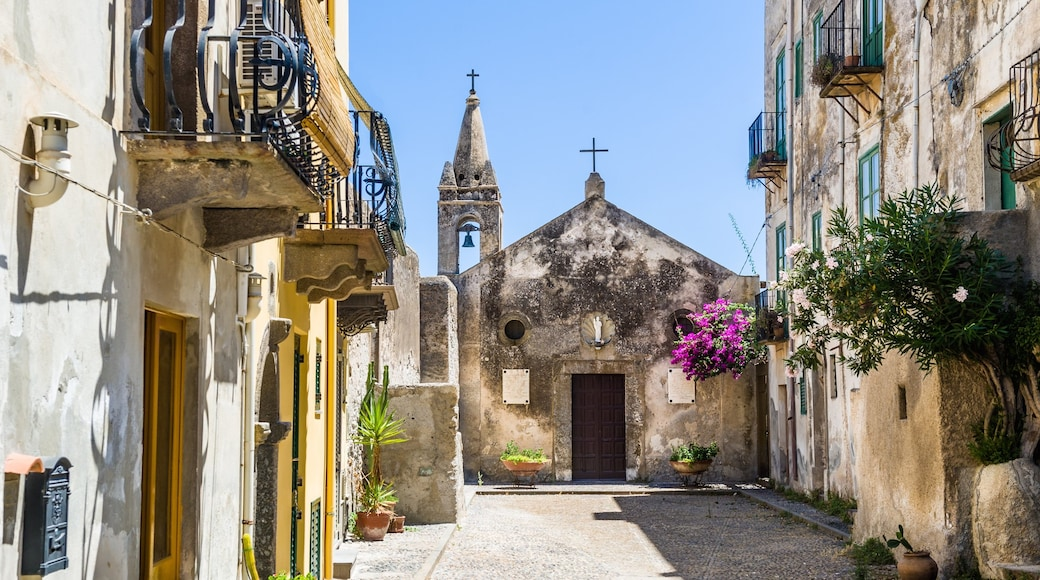 Lipari which includes a city, heritage elements and a church or cathedral