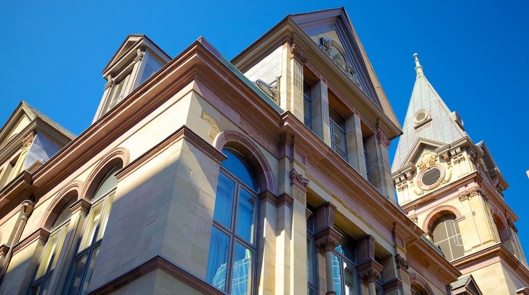 Halifax das einen Geschichtliches und historische Architektur