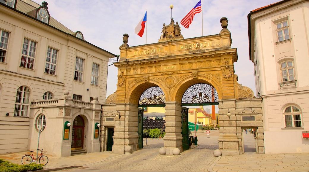 Pilsner Urquell-bryggeriet som omfatter historiske bygningsværker og kulturarvsgenstande
