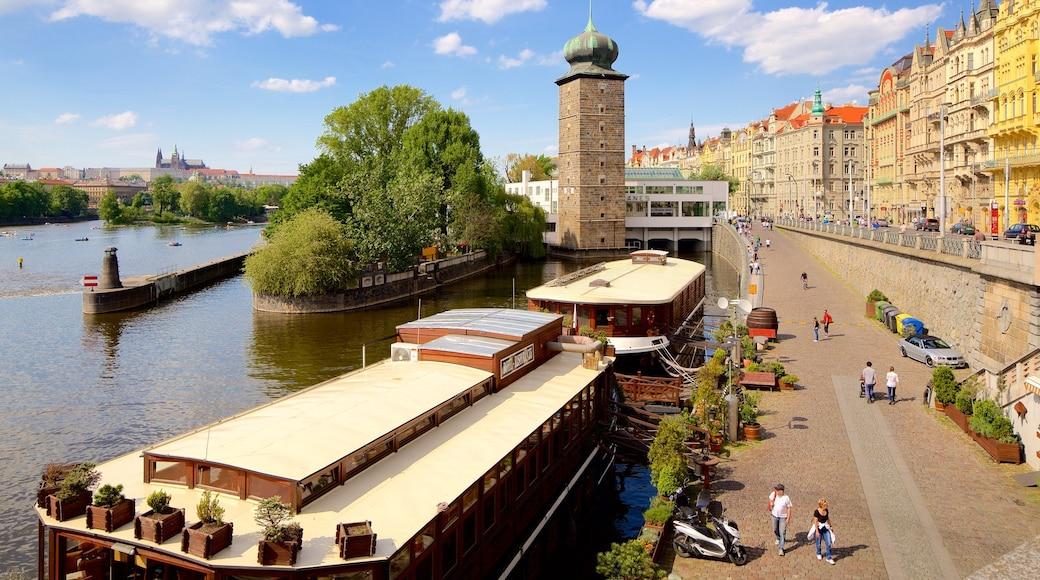 Nové Město som omfatter en bugt eller havn