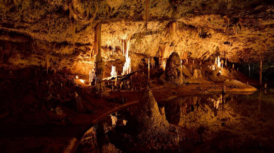 Morávia do Sul caracterizando cavernas