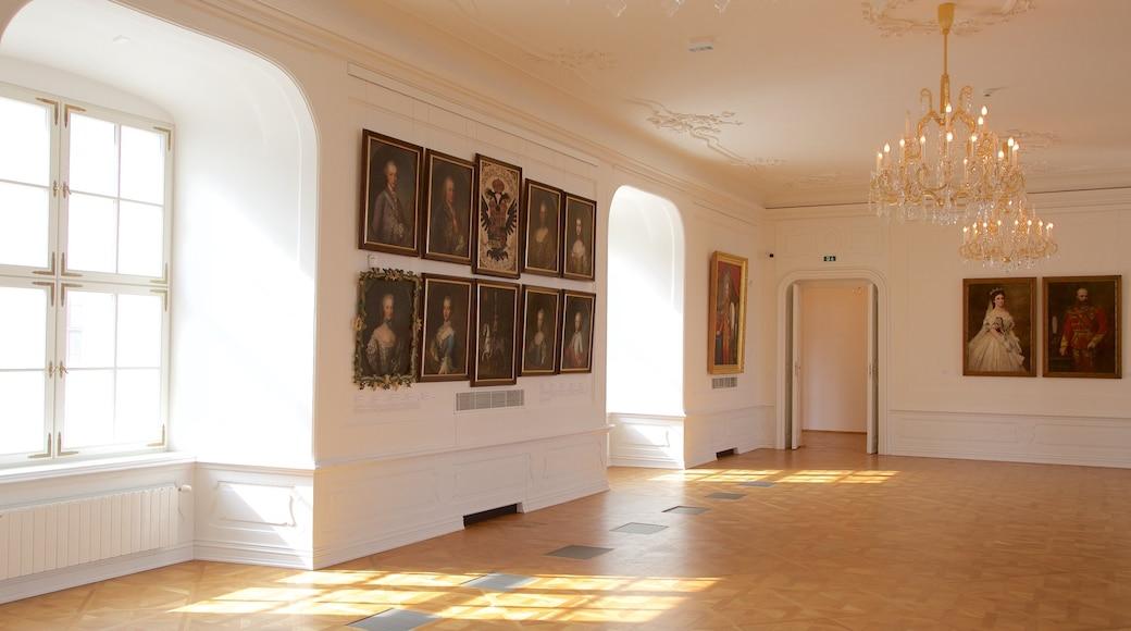 Château de Bratislava qui includes vues intérieures, château et patrimoine historique