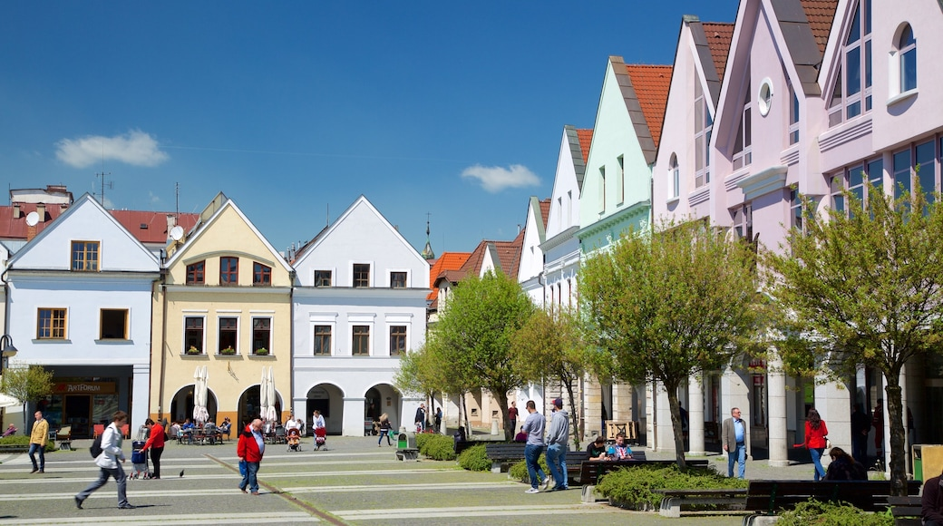 Marianske Namestie showing a square or plaza