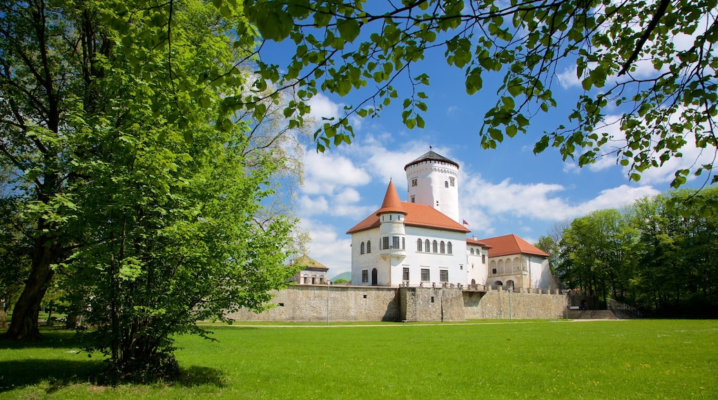 Žilinský kraj showing chateau or palace and a garden