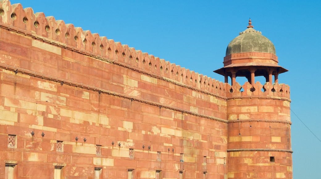 Fatehpur Sikri which includes a temple or place of worship