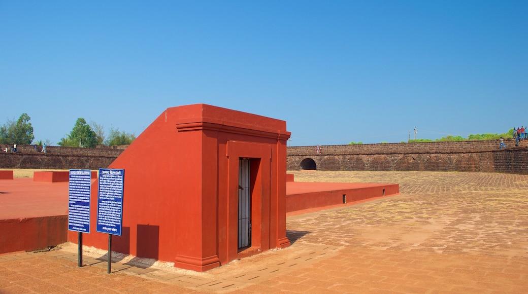 Candolim Beach - Fort Aguada which includes a square or plaza