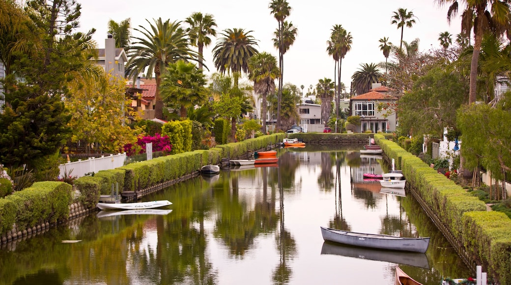 Venice Beach showing kayaking or canoeing and a river or creek