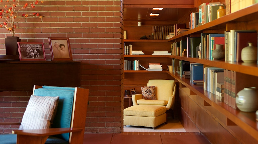 Frank Lloyd Wright Rosenbaum House which includes a house and interior views