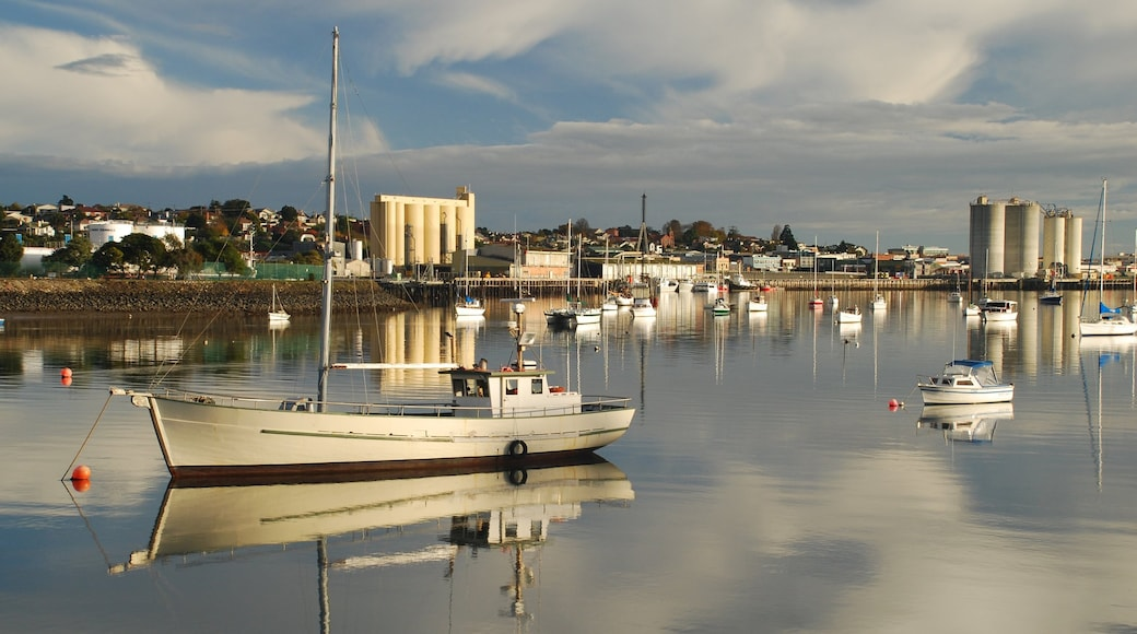 Devonport featuring a bay or harbour and boating