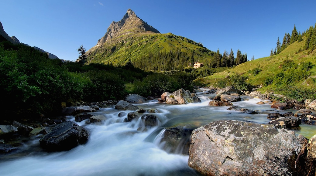 Sankt Anton am Arlberg which includes a river or creek, rapids and mountains