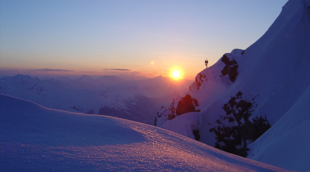 Sankt Anton am Arlberg featuring a sunset, snow and mountains
