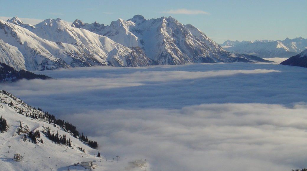 Sankt Anton am Arlberg which includes snow, mist or fog and mountains