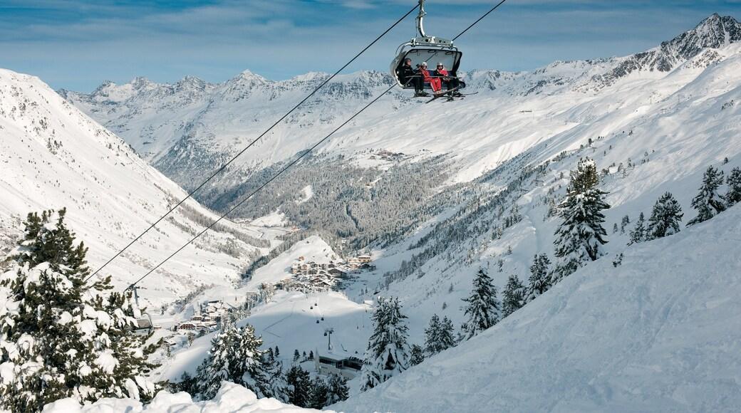 Obergurgl welches beinhaltet Schnee, Gondel und Berge