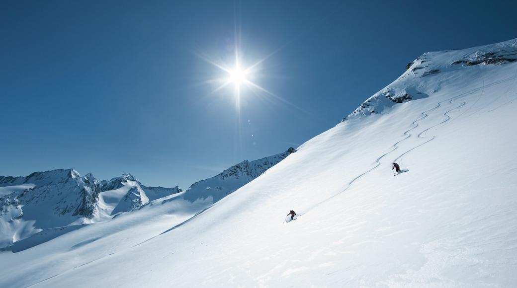 Obergurgl welches beinhaltet Skifahren, Schnee und Berge