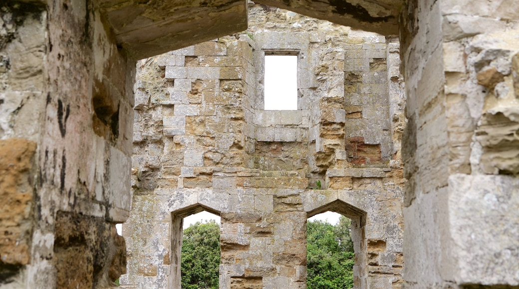 Sandsfoot Castle featuring building ruins and heritage architecture