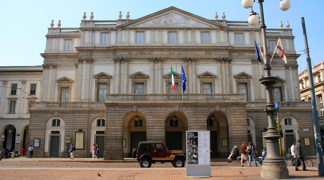 Teatro alla Scala featuring perintökohteet ja vanha arkkitehtuuri