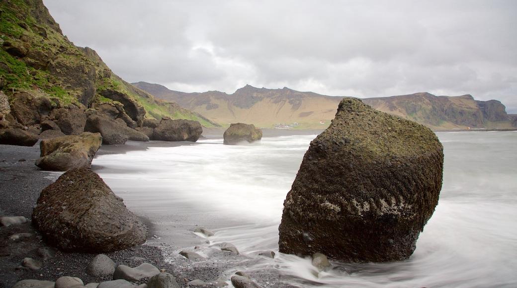Black Beach featuring rugged coastline