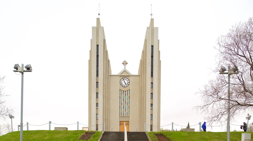 Akureyri Church showing a church or cathedral