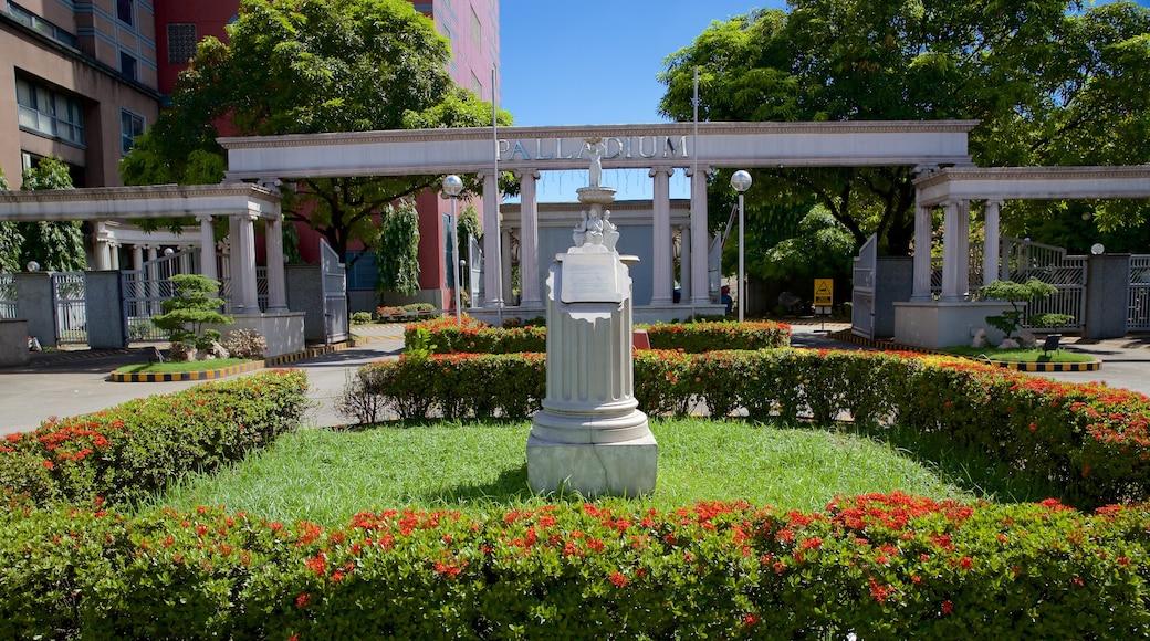 Mandaluyong showing a garden
