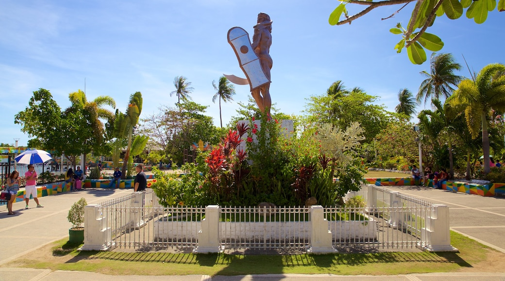 Lapu Lapu which includes a garden and a statue or sculpture