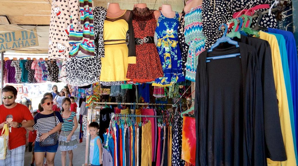 Colon Street which includes fashion