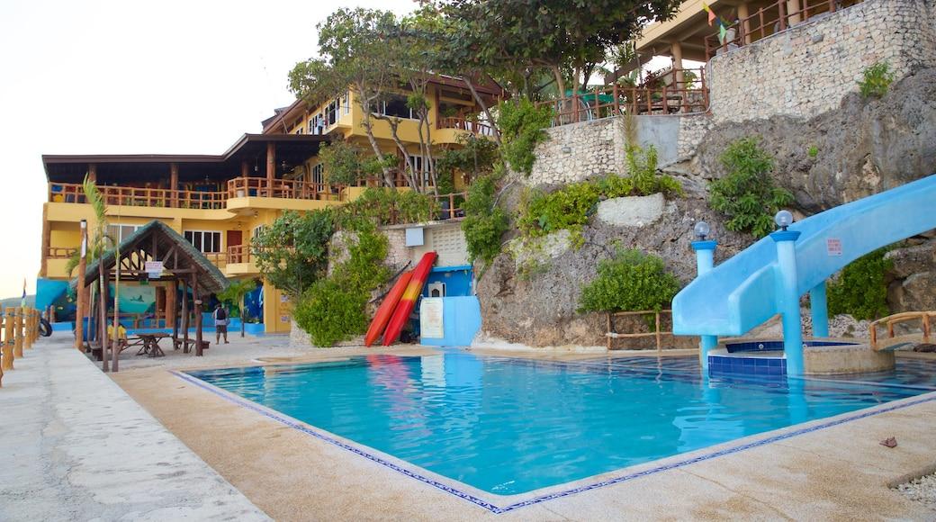Spiaggia di Dalaguete che include piscina