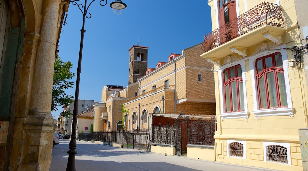 Constanta showing heritage architecture