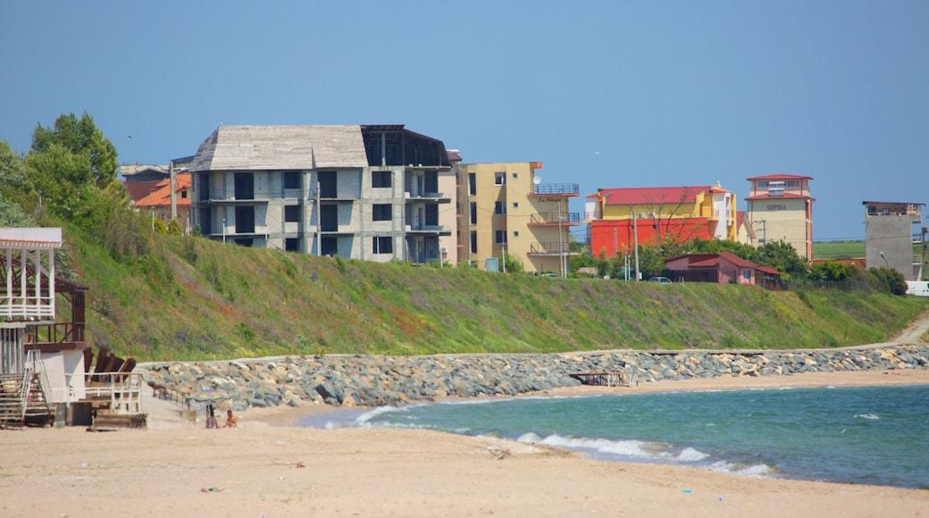 Strand von Costinești mit einem Strand und allgemeine Küstenansicht