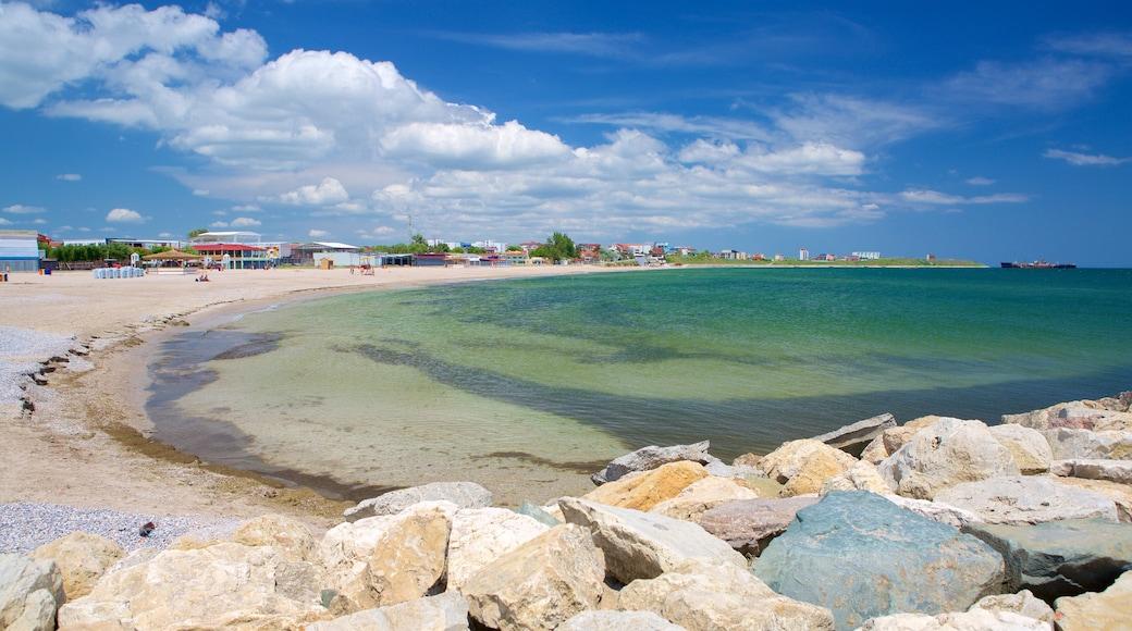 Strand von Costinești mit einem allgemeine Küstenansicht und Sandstrand