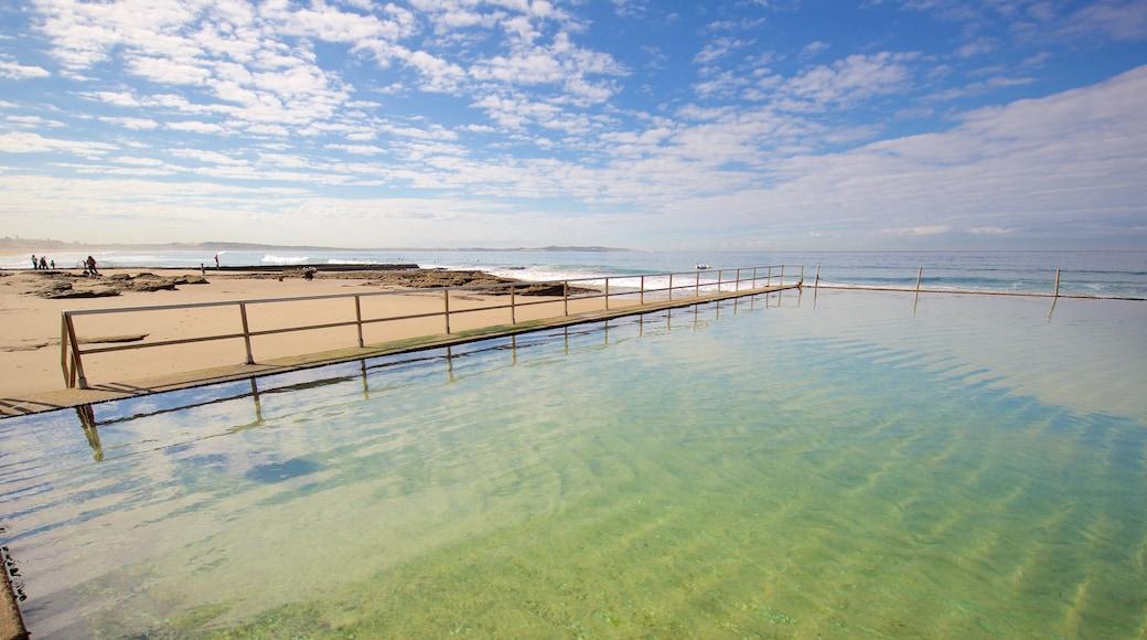 Cronulla Beach featuring a pool