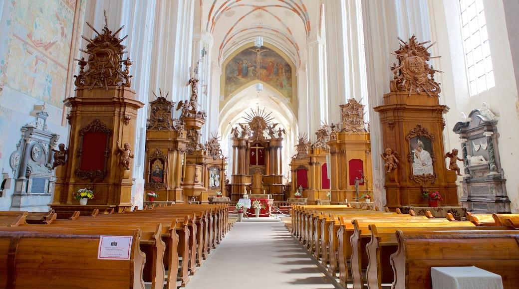 Chiesa di S. Anna mostrando chiesa o cattedrale, vista interna e religiosità