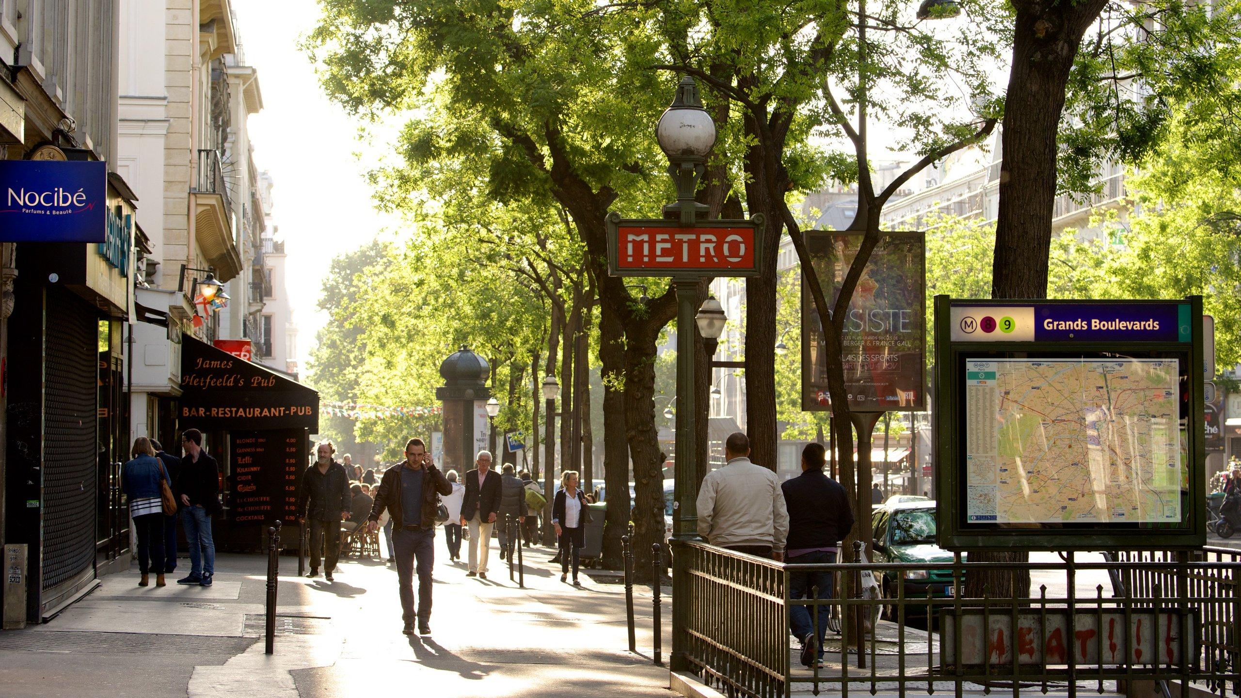 Arts-et-Métiers, Paris, France