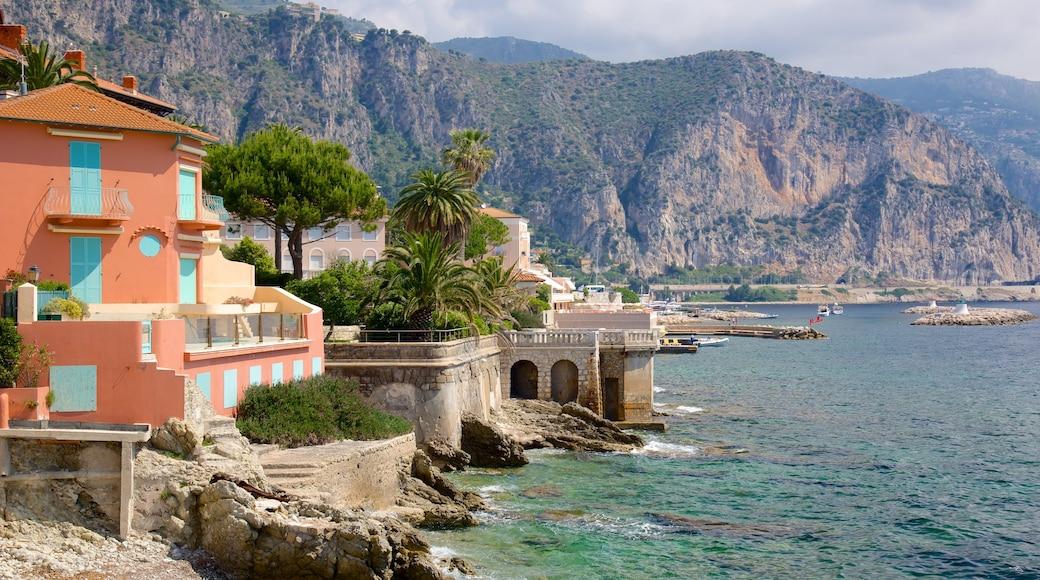 Nizza welches beinhaltet Küstenort und schroffe Küste