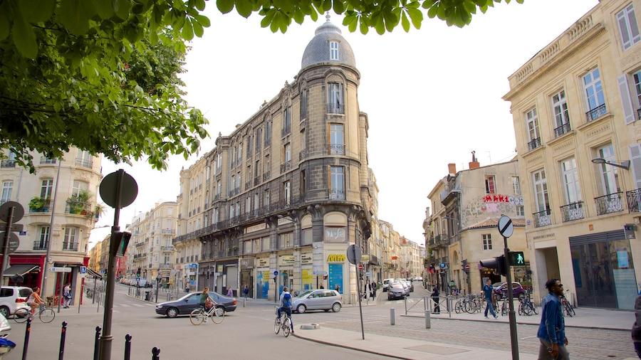 Bordeaux mostrando oggetti d\'epoca e strade