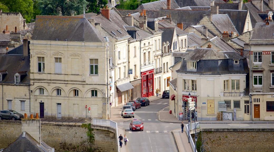 Département Indre-et-Loire mit einem Kleinstadt oder Dorf