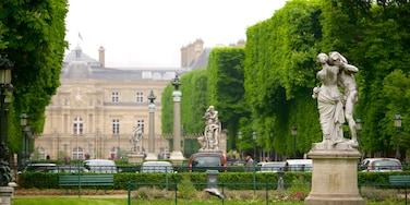VI Distrito mostrando jardín y una estatua o escultura