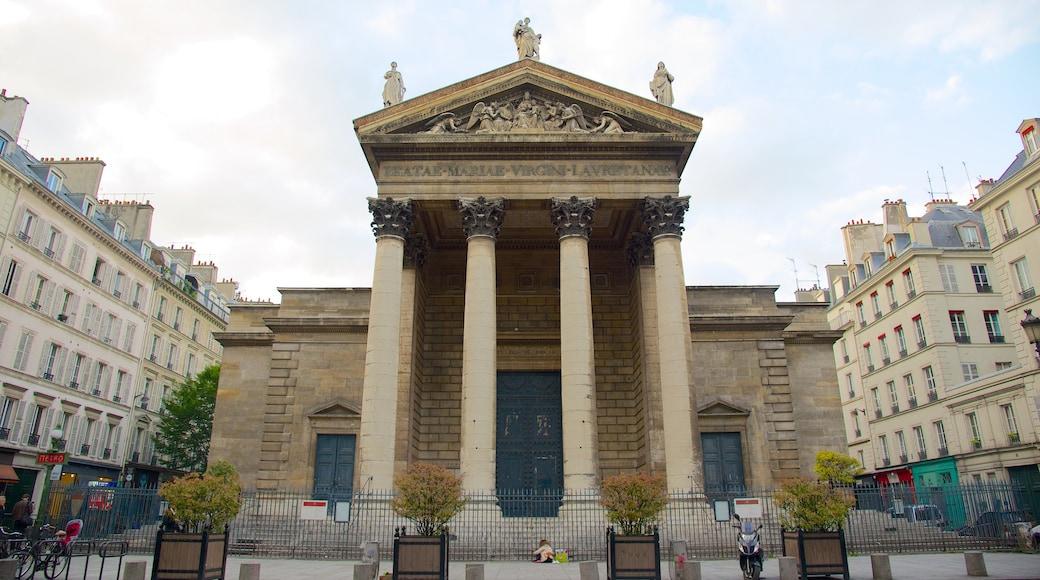 9° Arrondissement che include monumento commemorativo, oggetti d\'epoca e città