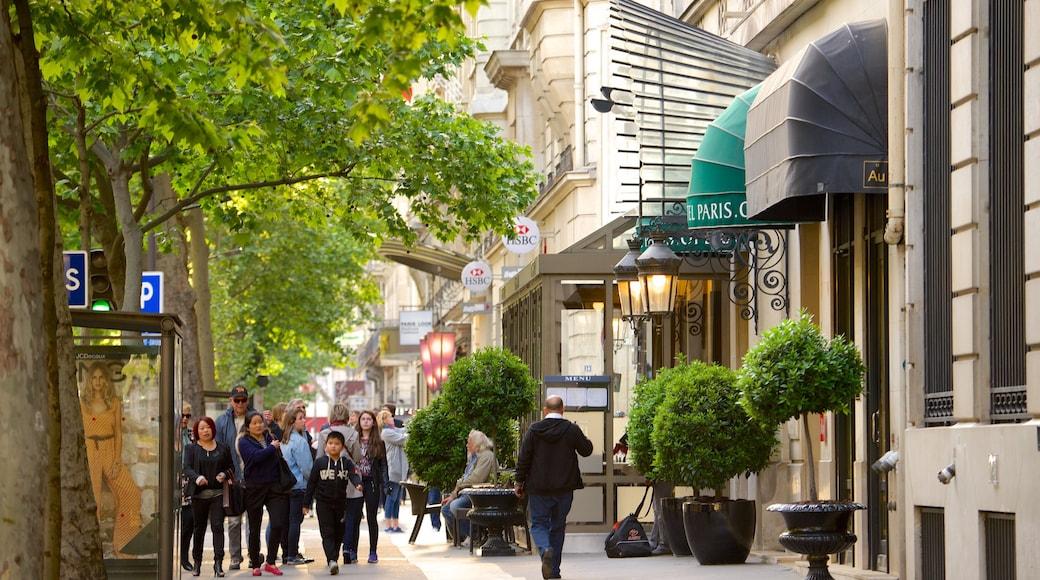 9° Arrondissement mostrando strade cosi come un piccolo gruppo di persone