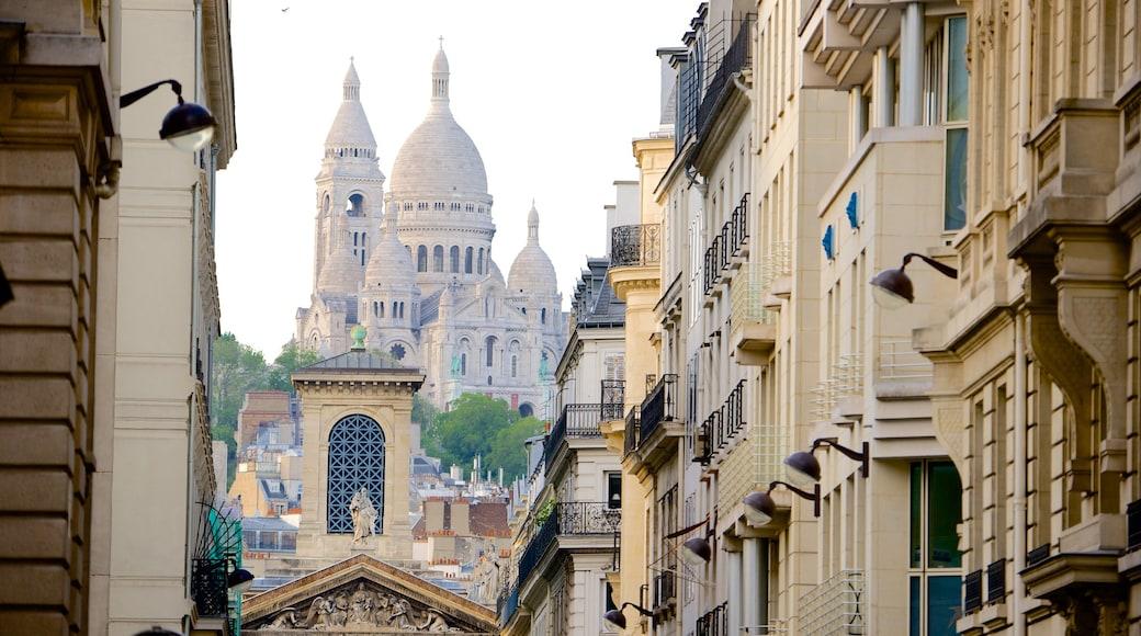 9° Arrondissement mostrando oggetti d\'epoca e città