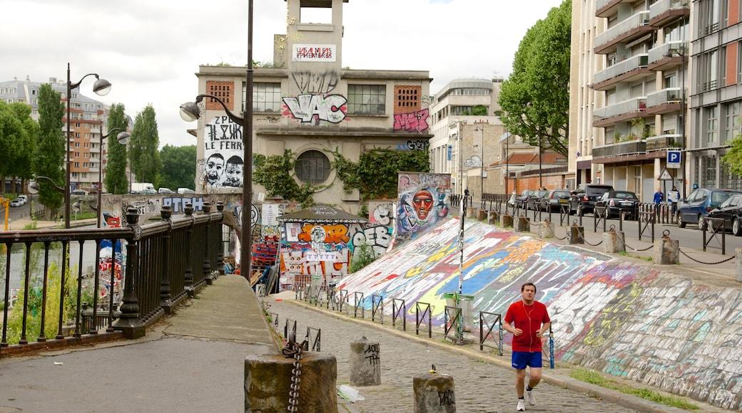 10° Arrondissement che include arte urbana cosi come ragazzo