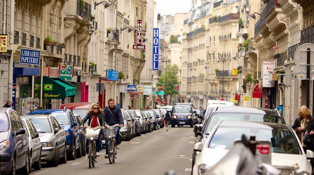 17° Arrondissement mostrando strade, città e bici su strada