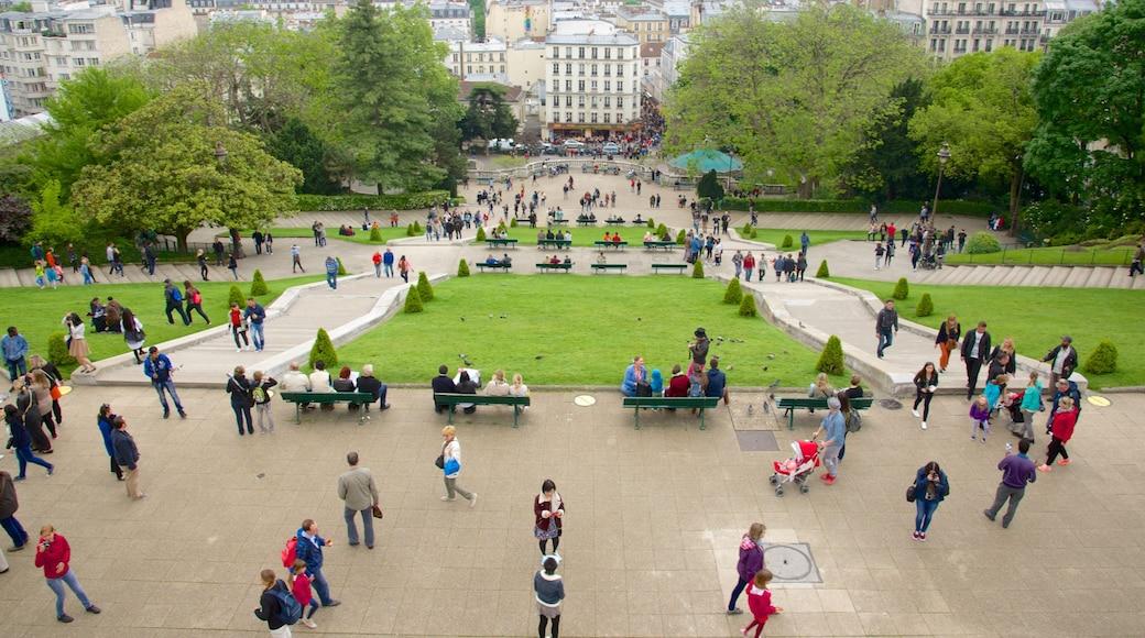 18e arrondissement montrant jardin, square ou place et ville