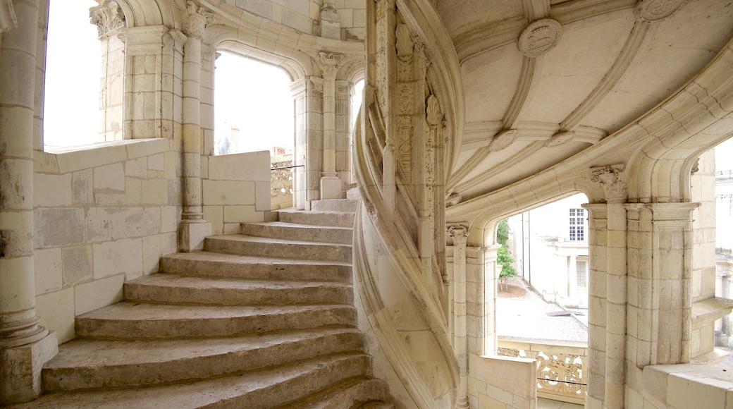 Château de Blois qui includes vues intérieures