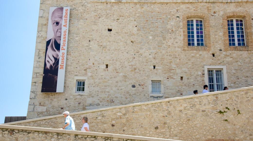 Musée Picasso montrant patrimoine historique