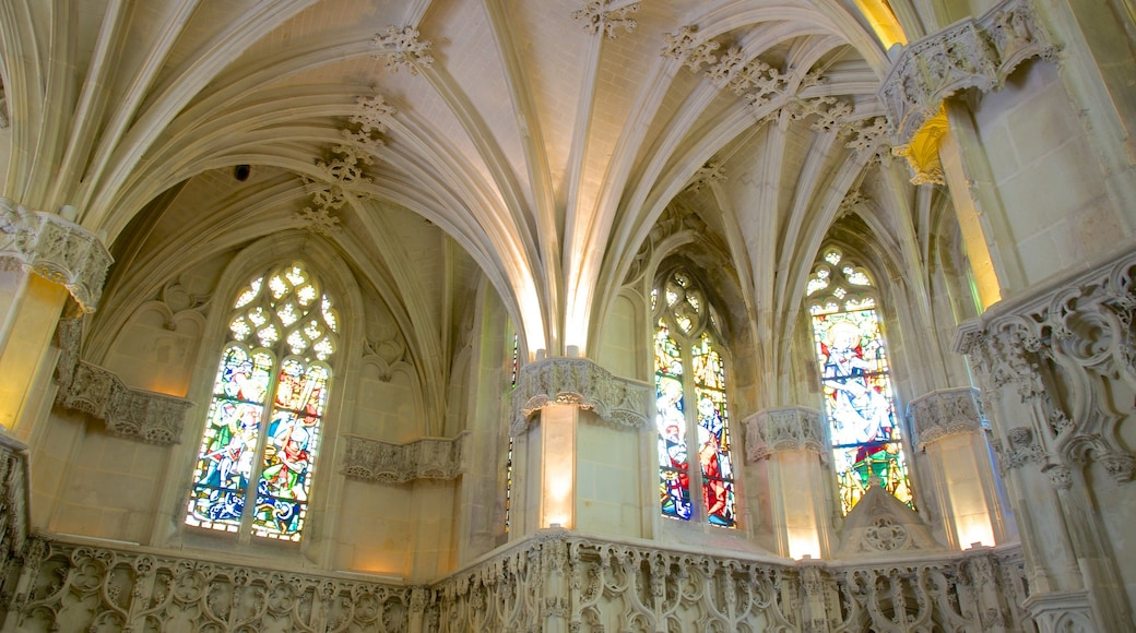 Chateau d\'Amboise featuring interior views, château or palace and heritage architecture