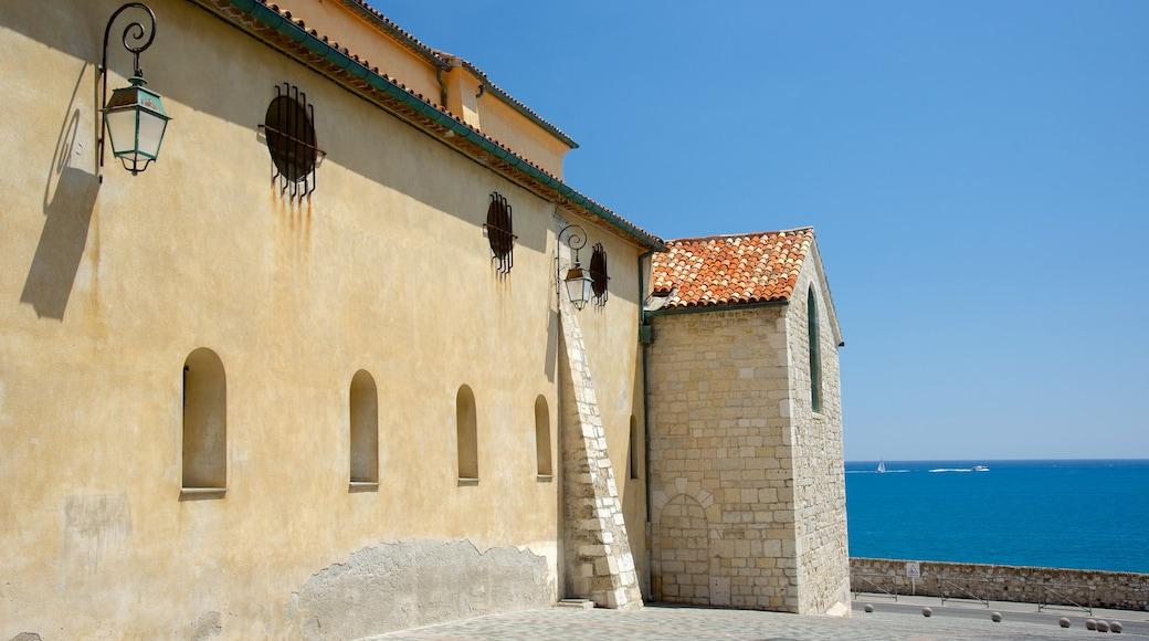 Cathédrale Notre-Dame-de-la-Platea d\'Antibes