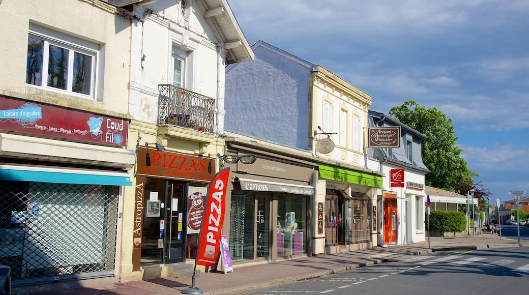 Bordeaux mettant en vedette ville côtière
