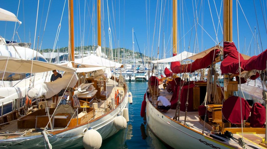 Hafen von Cannes mit einem Marina